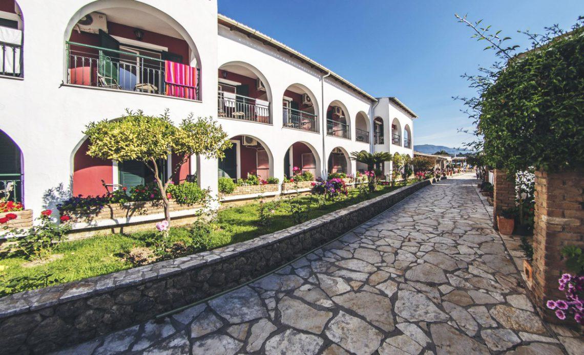 Iliada-beach-hotel-corfu-00004
